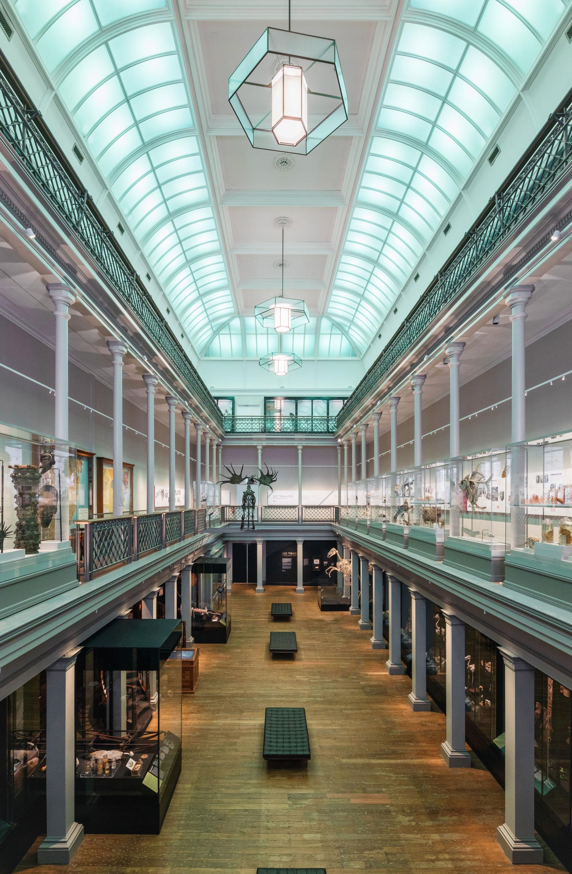 Australian museum long gallery 00002