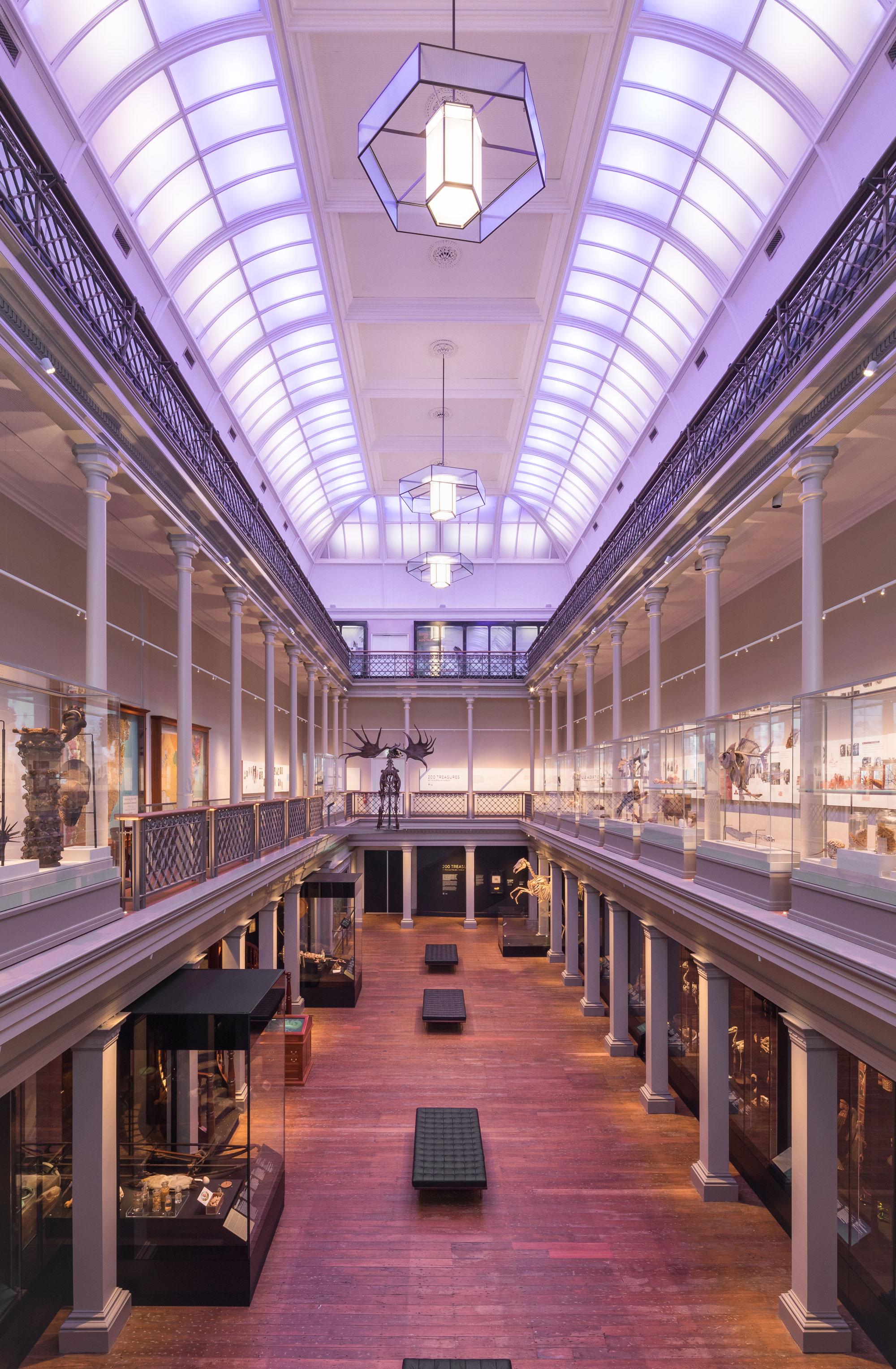 Australian museum long gallery 00005